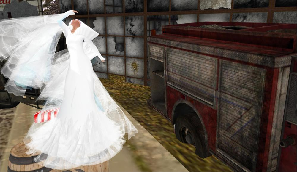 !LYRICAL B!ZARRE in OKA and VESTIGE for JOIN HANDS charity event -  by PetraLAlexander©™